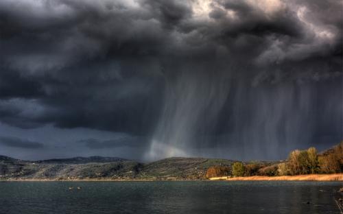 rain-over-the-island