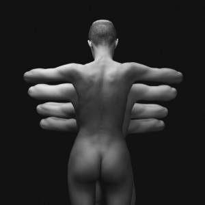 Naked-Bodies-Optical-Illusions-4