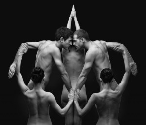 Naked-Bodies-Optical-Illusions-8